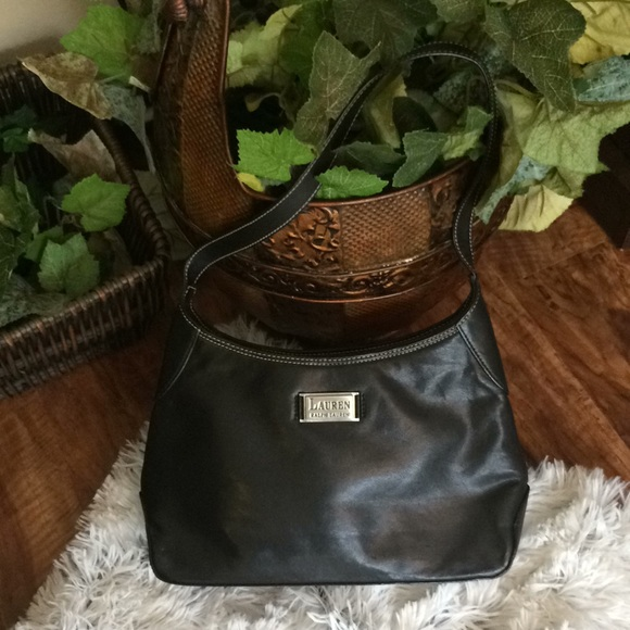 0102e42c9d Ralph Lauren Black Leather Purse. OS. M 5be5a4f003087cffe6374076